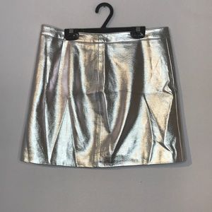 F21 silver metallic faux leather mini skirt